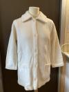Weiße Jacke mit Kragen